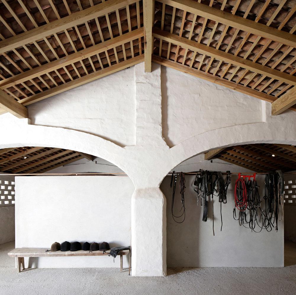 sao-lourenco-do-barrocal-eduardo-souto-de-moura-architecture-hotels-portugal_dezeen_2364_col_39.jpg