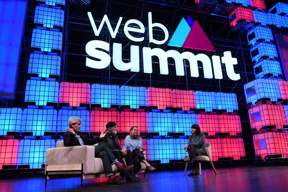 Bowie sofa and Caravela chair, John Hegarty, Co-Founder & Creative Director BBH & Whalar, Bob Greenberg, Chairman & CEO, R/GA, Susan Credle, Global Chief Creative Officer, FCB Global, and Lara O'Reilly, Reporter, Wall Street Journal, on Centre Stage during the opening day of Web Summit 2017 at Altice Arena in Lisbon. Photo by Stephen McCarthy/Web Summit via Sportsfile.