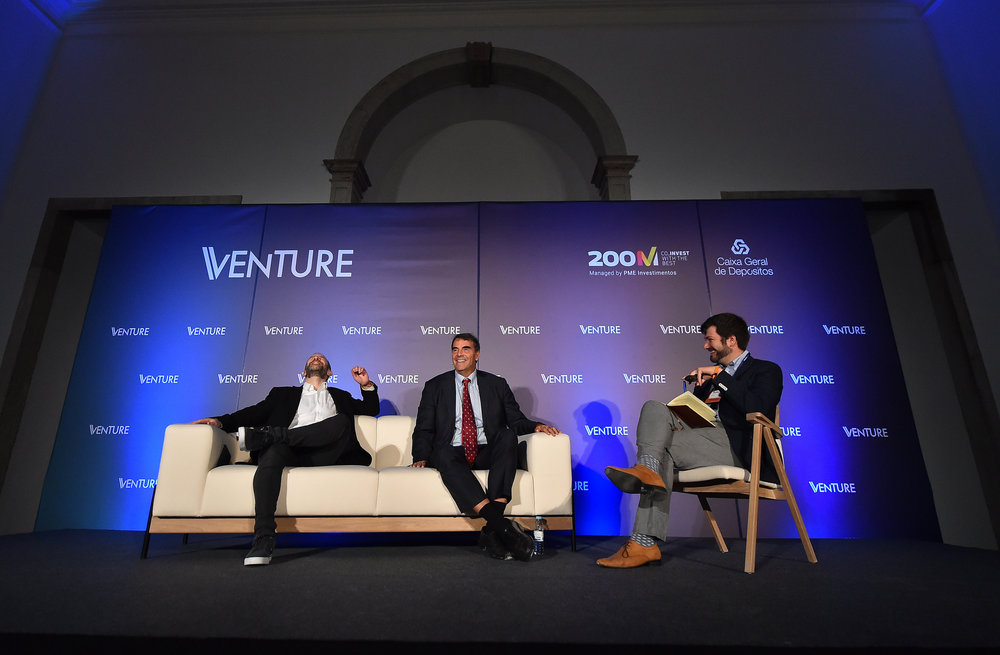 5 November 2018; Toby Coppel, Mosaic  Ventures, left, Tim Draper, Draper Associates, centre, and Teddy  Schleifer, ReCode, during Venture at Convento De Beato prior to the  start of Web Summit 2018 in Lisbon, Portugal. Photo by Seb Daly/Web  Summit via Sportsfile