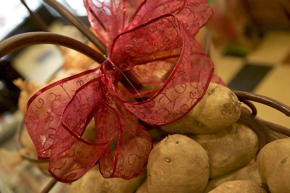 Duff's Meats 2 carries potatoes.