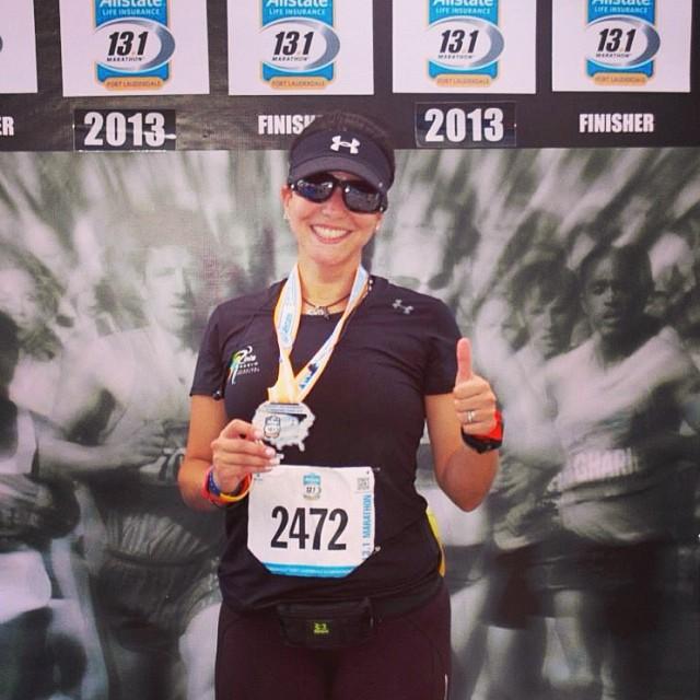 Con mi medalla de haberlo logrado!!! 😎#ofcourseyoucan  (at All State Life Insurance Half Marathon)