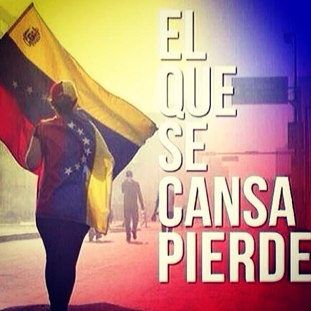 Ahora mas que nunca… Despues de todos los maltratos… De todos los heridos… De todos los presoso y todos los que hemos perdido… Ahora mas que nunca … NO TE PUEDES RENDIR!!! #elquesecansapierde #sosvenezuela #prayforvenezuela #soyvenezolano #venezuelacomoteextrano #venezuelatequierolibre #comomeduelesvenezuela #20f