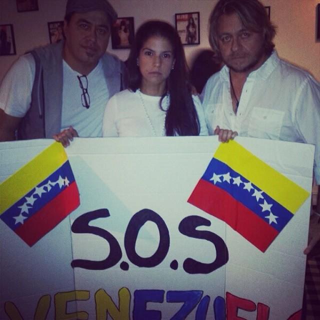 Con Fernando y Juan Carlos Apprtando nuestro granito de arena!!! #soytuvozvenezuela #somostuvozvenezuela #soyvenezolano #sosvenezuela #prayforvenezuela