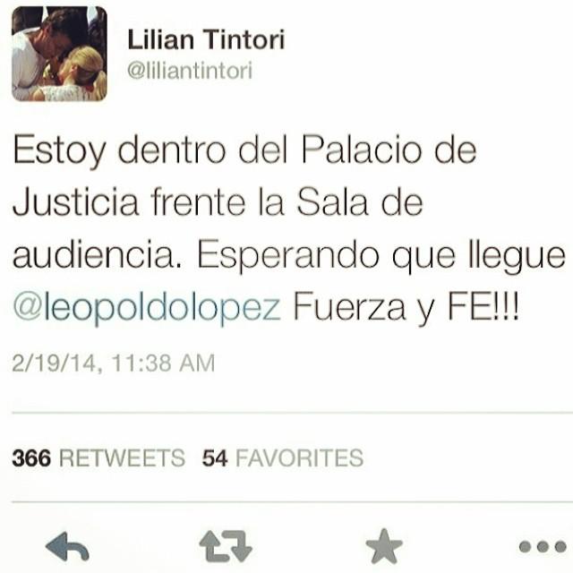 EL QUE SE CANSA, PIERDE!!! Por Leopoldo, por los estudiantes, por los que han entregado su vida por Venezuela!!! NO TE RINDAS!!! #lasalida #llegolahora #laluchasigue #venezuelacomoteextrano #venezuelatequierolibre #comomeduelesvenezuela #soyvenezolano #sosvenezuela #elquesecansapierde #19f