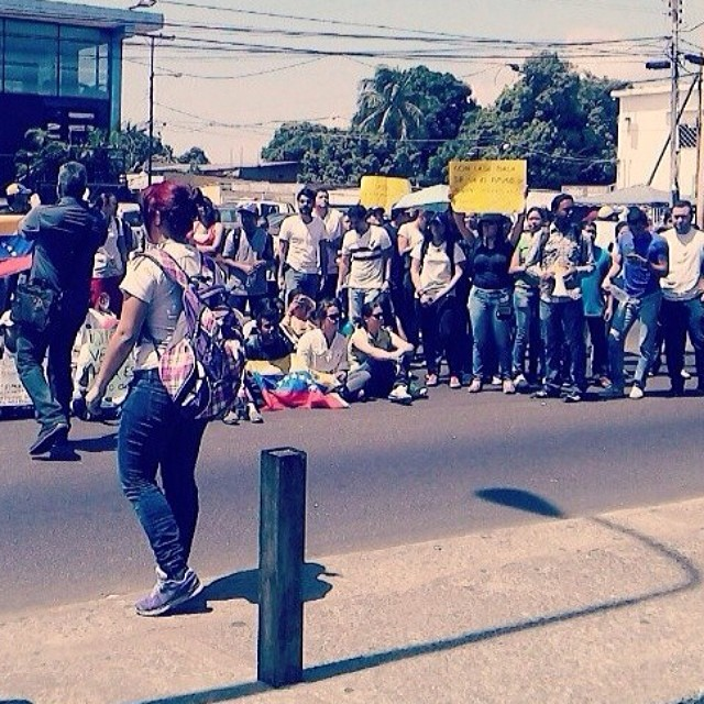 Ciudad Bolivar presente!!! #14f   #13f #12f #2f #lasalida #llegolahora #laluchasigue #venezuelatequierolibre #venezurlacomoteextrano #sosvenezuela #soyvenezolano #prayforvenezuela