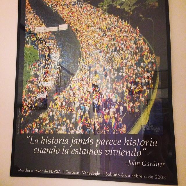 Quiero compartir un cuadro que tengo en mi casa… Feb, 82003… Hace 11 años… Esto no puede seguir!!! Debemos seguir a los estudiantes… A los lideres opositores… Es ahora o nunca!!! Tenemos que hacer historia… Tenemos que apoyar la lucha por los derechos como ciudadanos… Y aunque parezca increible… El derecho de vivir… Y de vivir en paz!!!! #bastaya #lasalida #llegolahora #laluchasigue #venezuelatequierolibre #venezurlacomoteextrano #comomeduelesvenezuela #sosvenezuela #prayforvenezuela #soyvenezolano @venezolanosenmiami @venezuelalucha