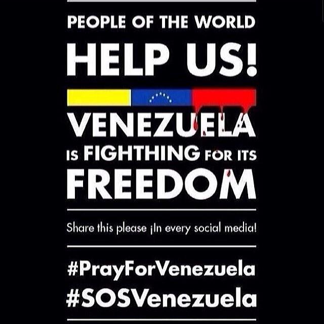 Please!!! Help!!! Venezuela is fighting for its FREEDOM!!! #prayforvenezuela #sosvenezuela #venezuelatequierolibre #venezurlacomoteextrano #lasalida #llegolahora #laluchasigue #12f #13f #14f #13fvnzlaenlacallenicolaspalconotevas #comomeduelesvenezuela @venezuelalucha @venezolanosenmiami