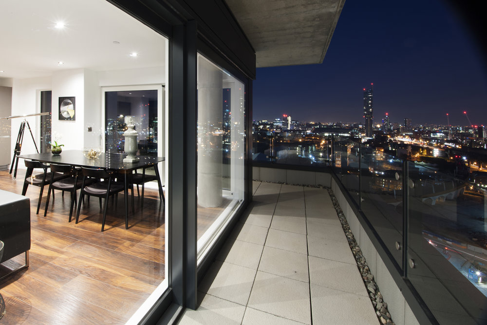 Wilburn_Basin_Penthouse_Balcony_Night_9535.jpg