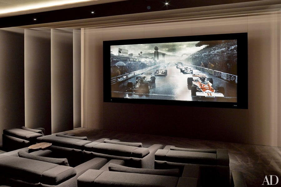 An usually sophosticated home theater.