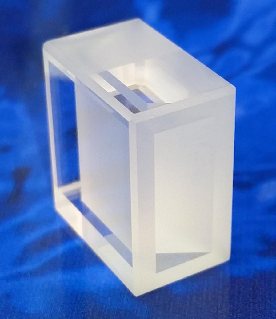 0005-0078 Dye Laser Cell.jpg