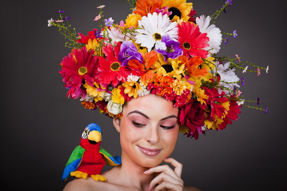 Parrot smile_Hairscapades II_M.jpg