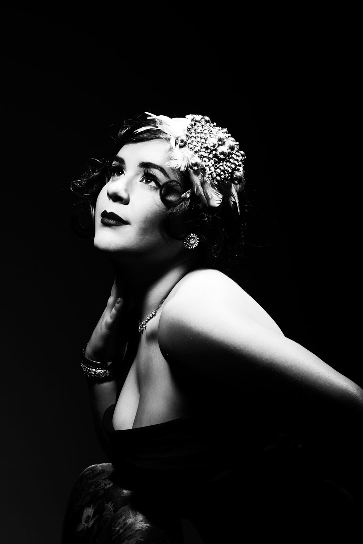 Alex 1930s glam_BW_03..jpg