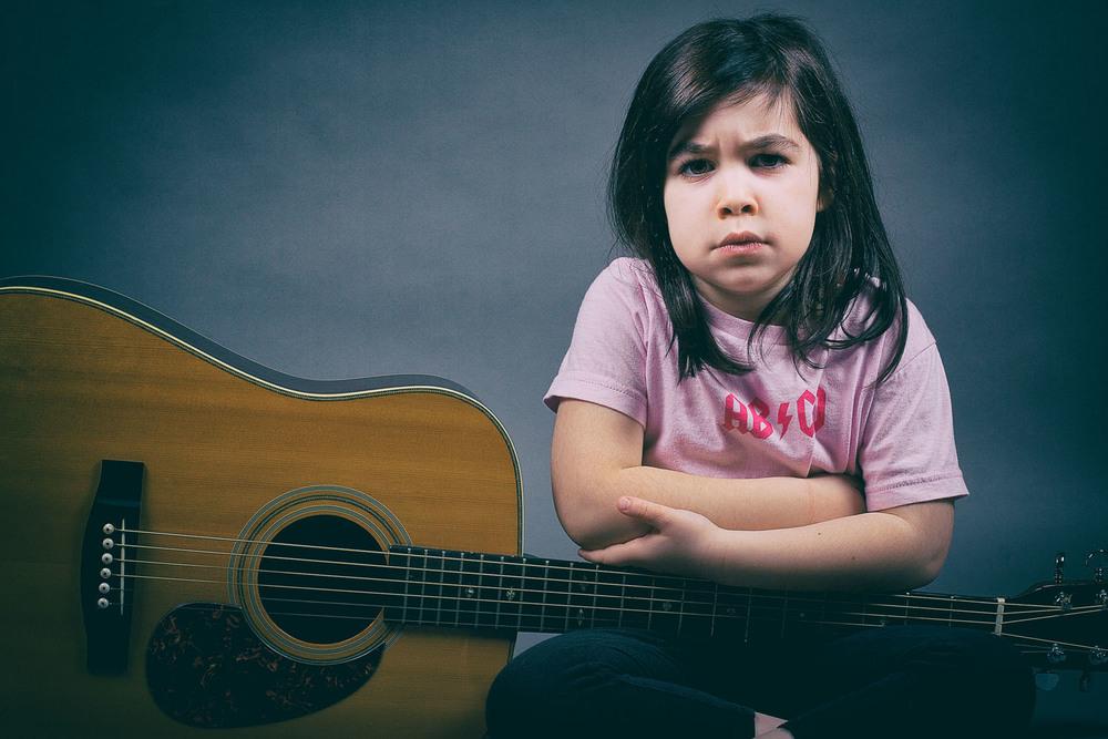 Emma Rocks_with guitar_2_V2.jpg