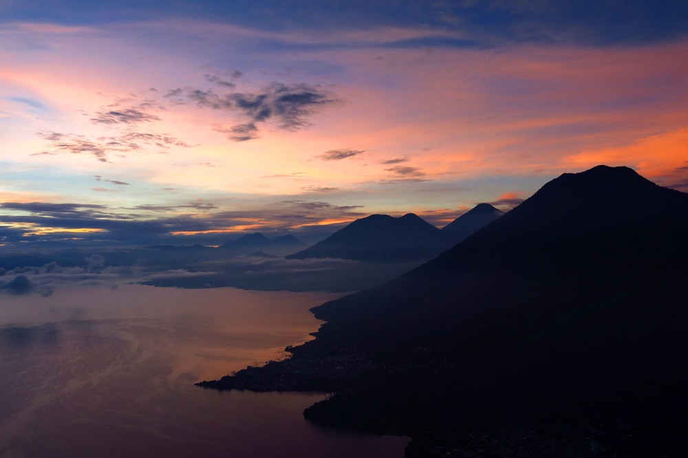 Atitlan sunrise_Indian Nose_IMG_3532.jpg