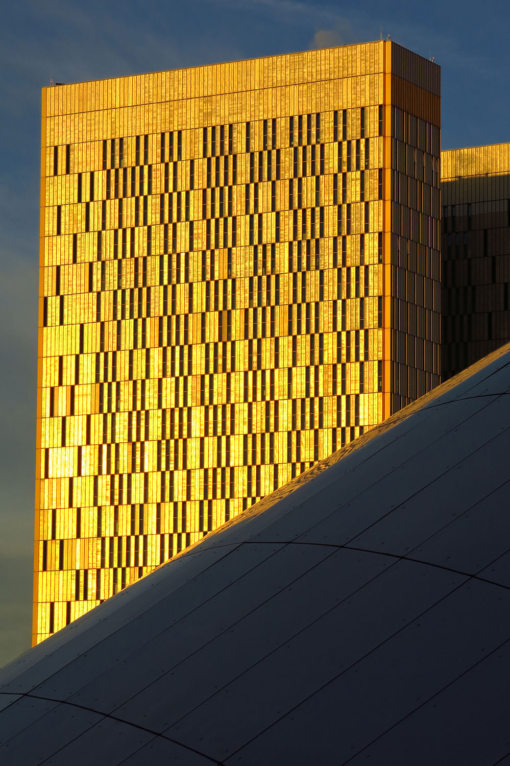 Lux gold building.jpg