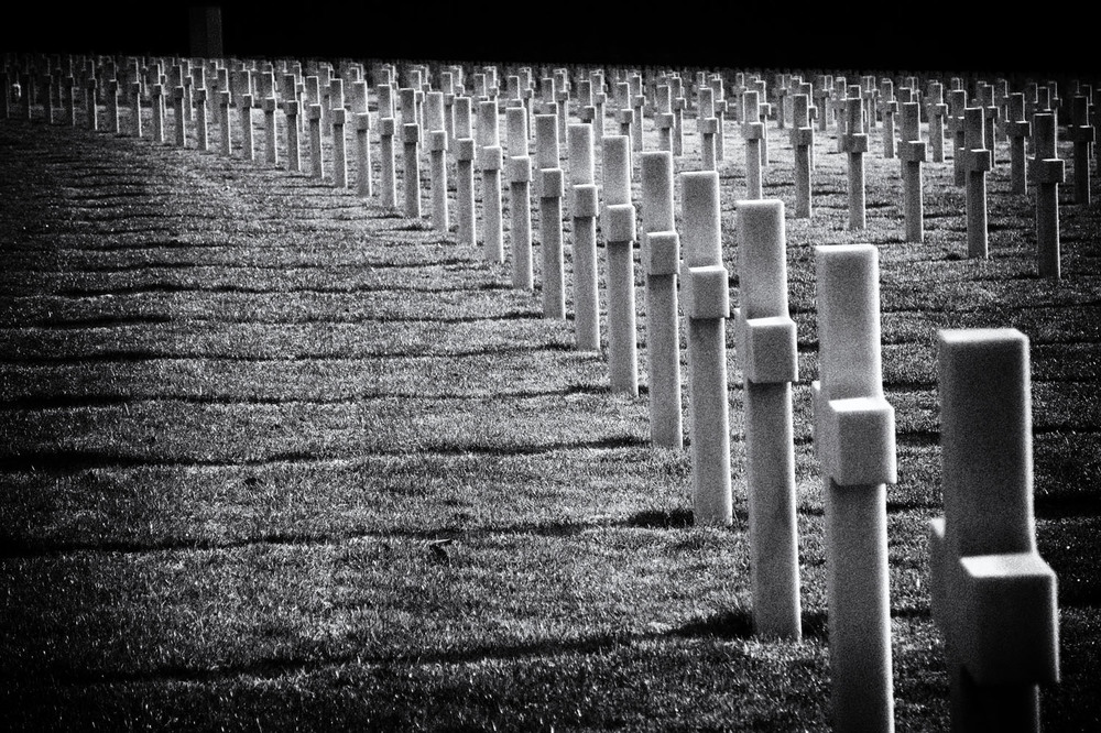 Lux cemetery soldiers rest_BW.jpg