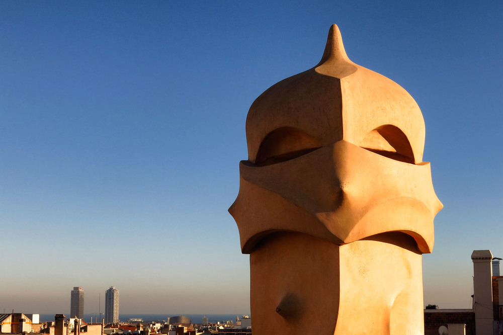 20150109_Spain_1333_Barcelona_Gaudi_chimneys.jpg