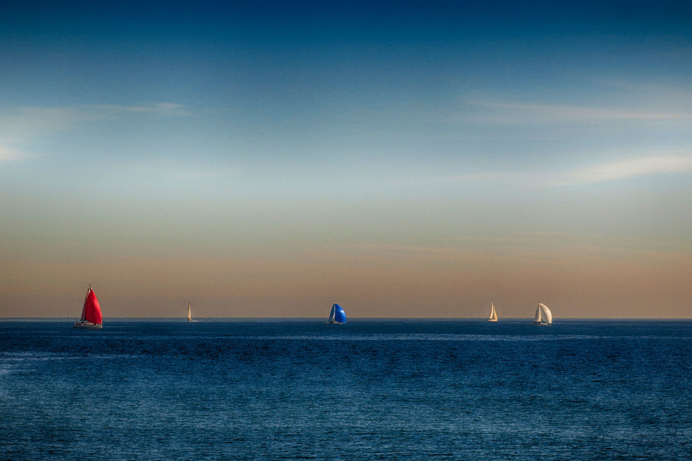 20150110_Spain_0188_Barcelona_boats in the ocean.jpg