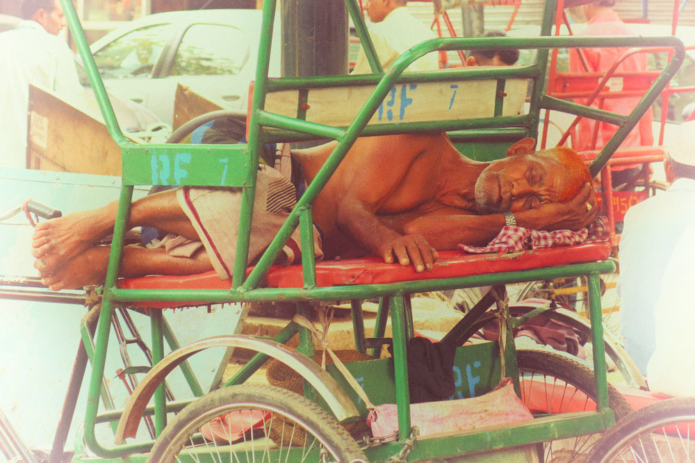 IMG_2744_sleeping tuk.jpg