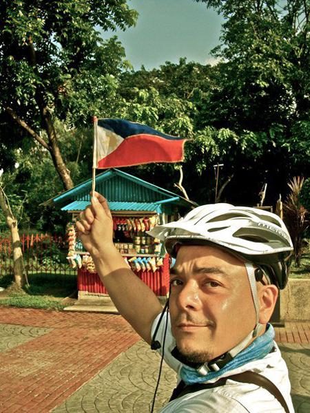 Celdran bike tour