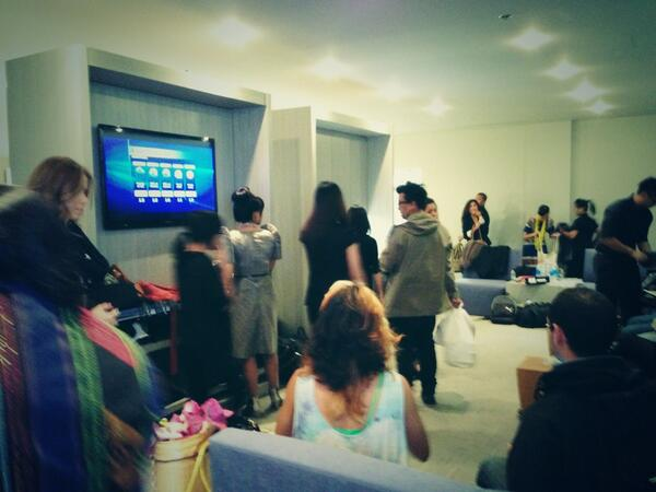 Bustling green room just before CPFW Opening Night! Source: Kapisanan's Twitter