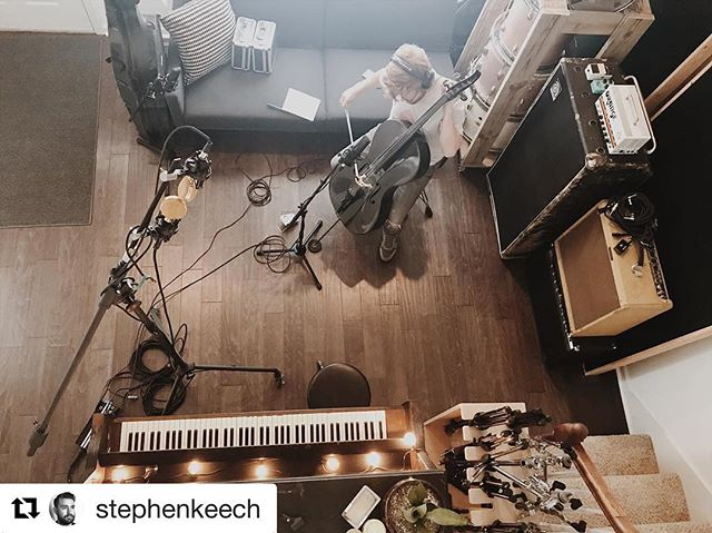 Today was a blast. Stoked to hear the finished product from @amickcutler ! @stephenkeech is the man.  Repost @stephenkeech (@get_repost) ・・・ Such a great session today with special guest Everette Hardin from @redyetiaudio on cello. Really bring @amickcutler 's album to life! #recordingstudio #nashvilleTN #cello #cascadefatheads