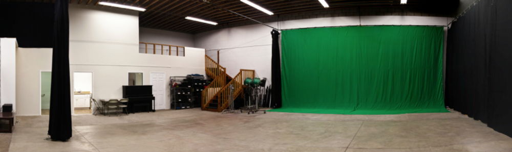 affordable-stage-outside-green screen-angeles-ca..png