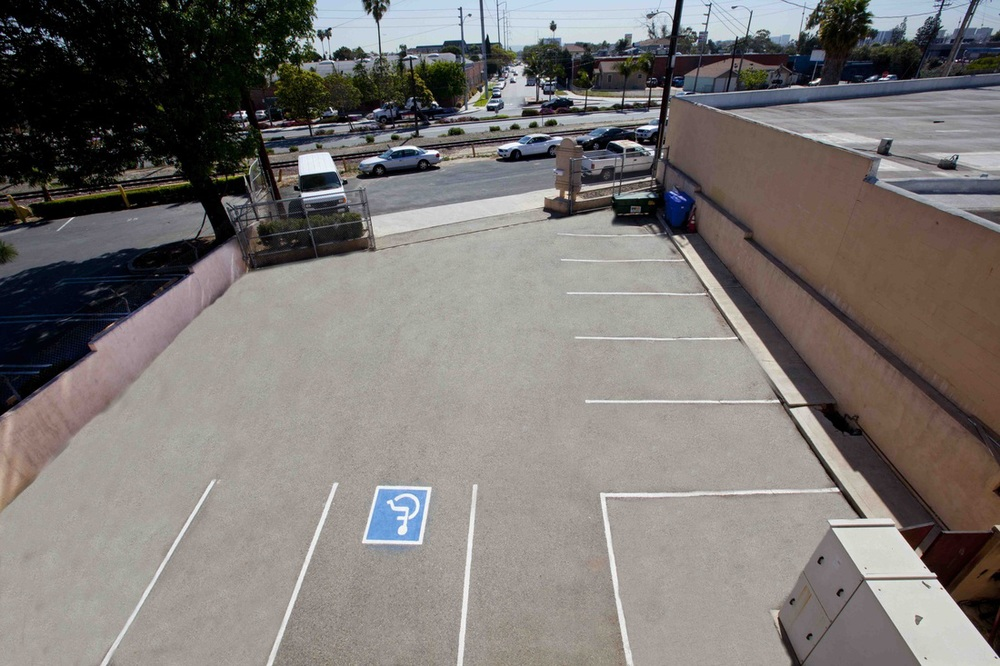 affordable-stage-private-parking-los-angeles-ca.jpg