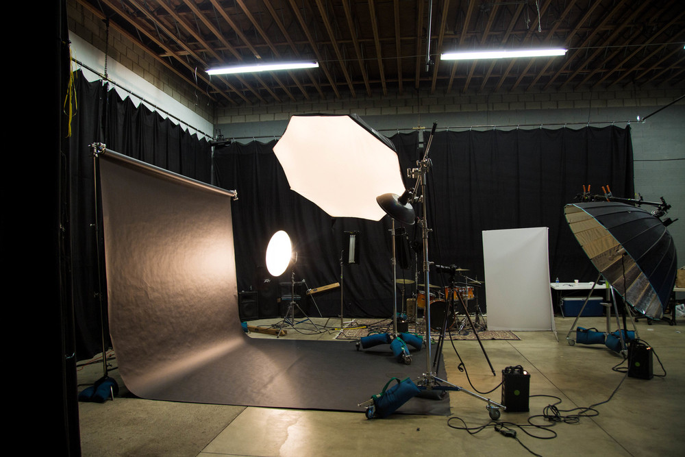 affordable-stage-photo-studio-strobe-lighting-equipment-los-angeles-ca.jpg
