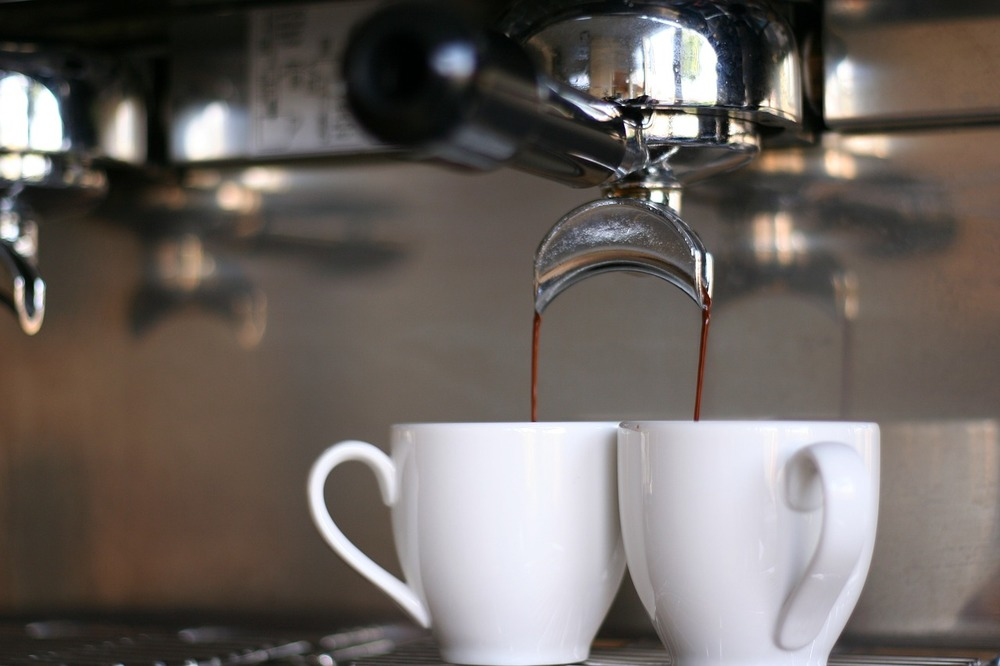 espresso-machine-pouring-coffee.jpg
