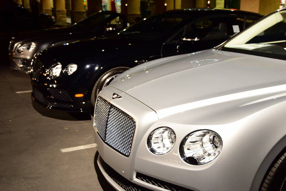 bentley.party.at-al-mulino0.jpg