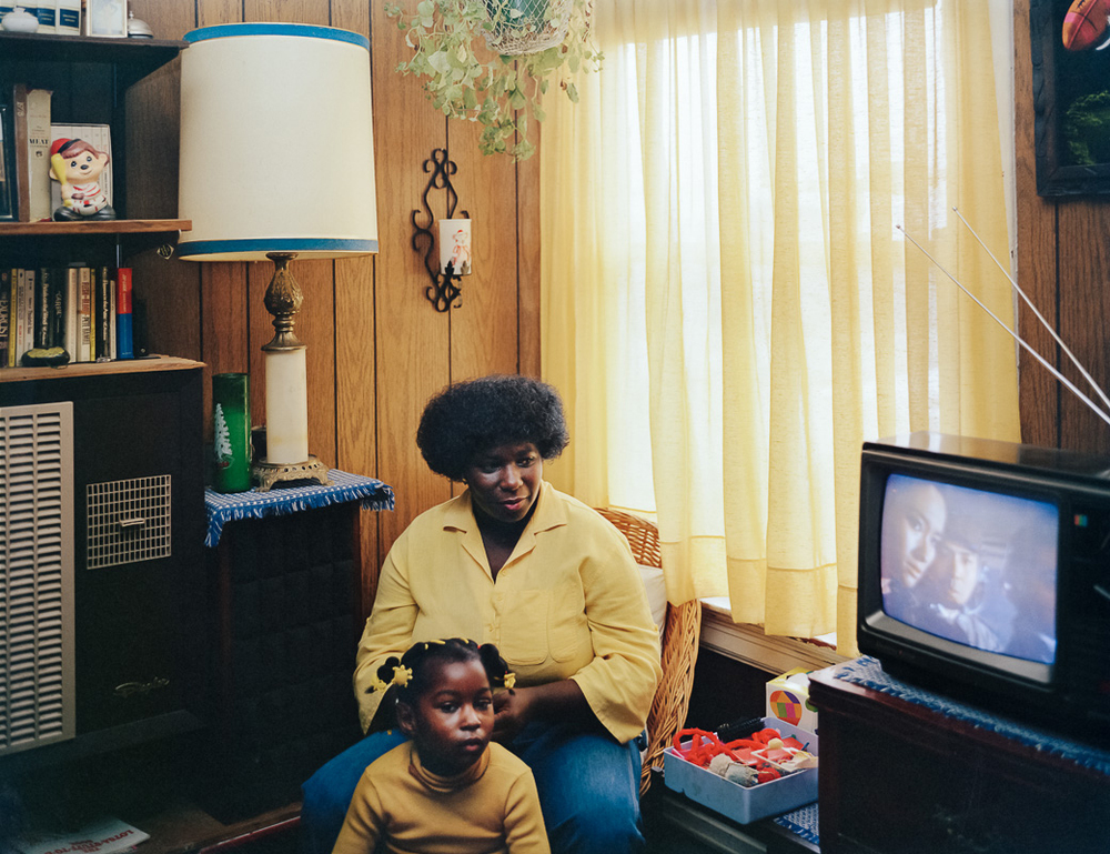 Photo By Janet Delaney- Bobbie Washington and her daughter Ayana, 28 Langton Street, 1982