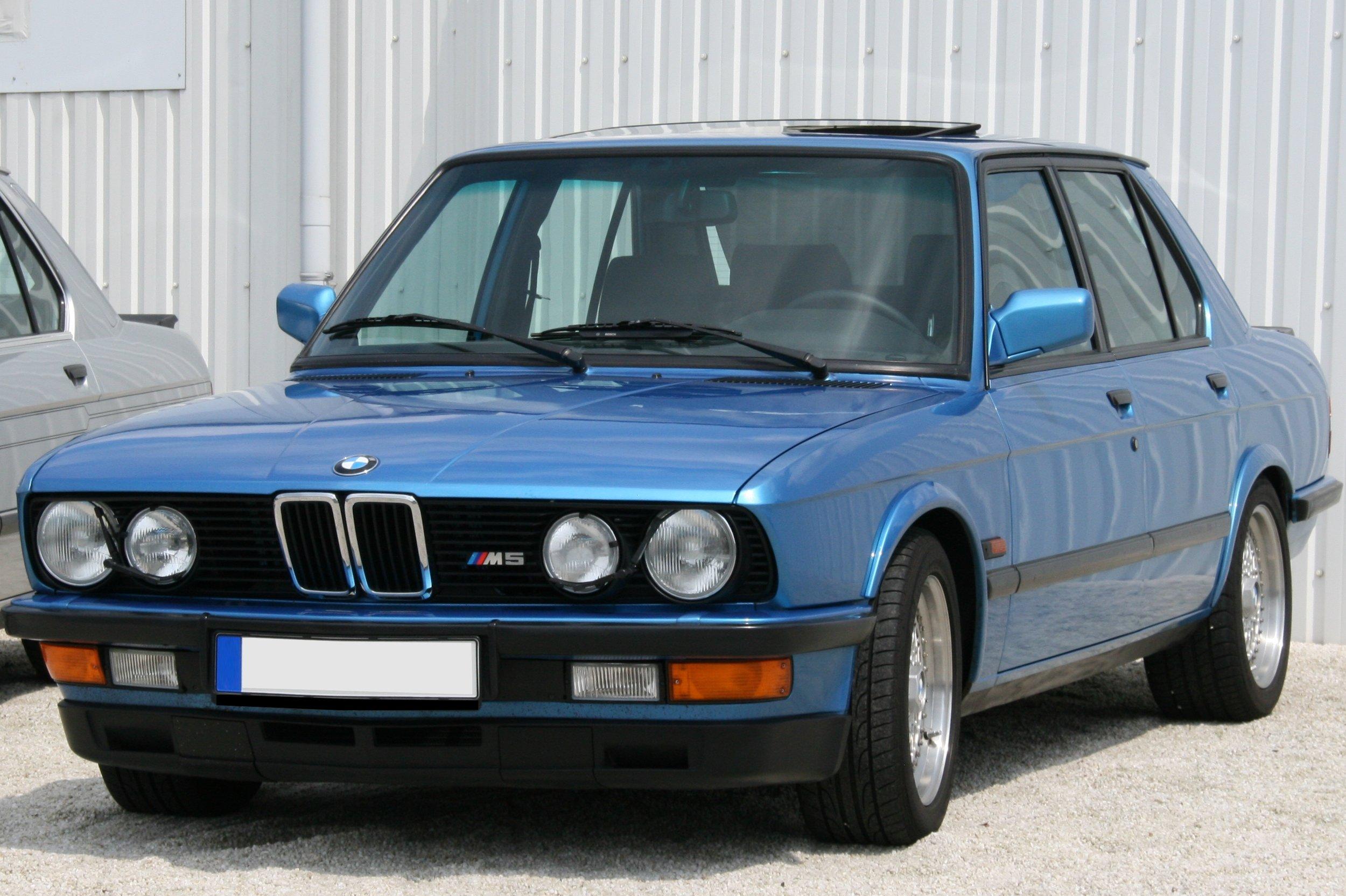 BMW+520i+%28E28%29+1981%E2%80%931988 - BMW 520i (E28) 1981–1988