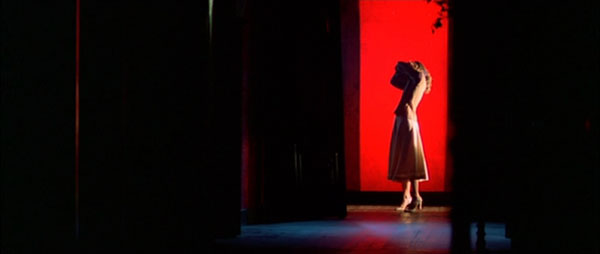 Suspiria-lighting.jpg
