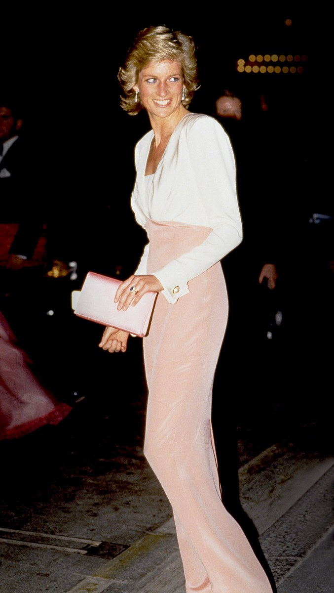 9 princess diana best looks 125515683189 - FLUFFY GARMENTS OF THE 80's