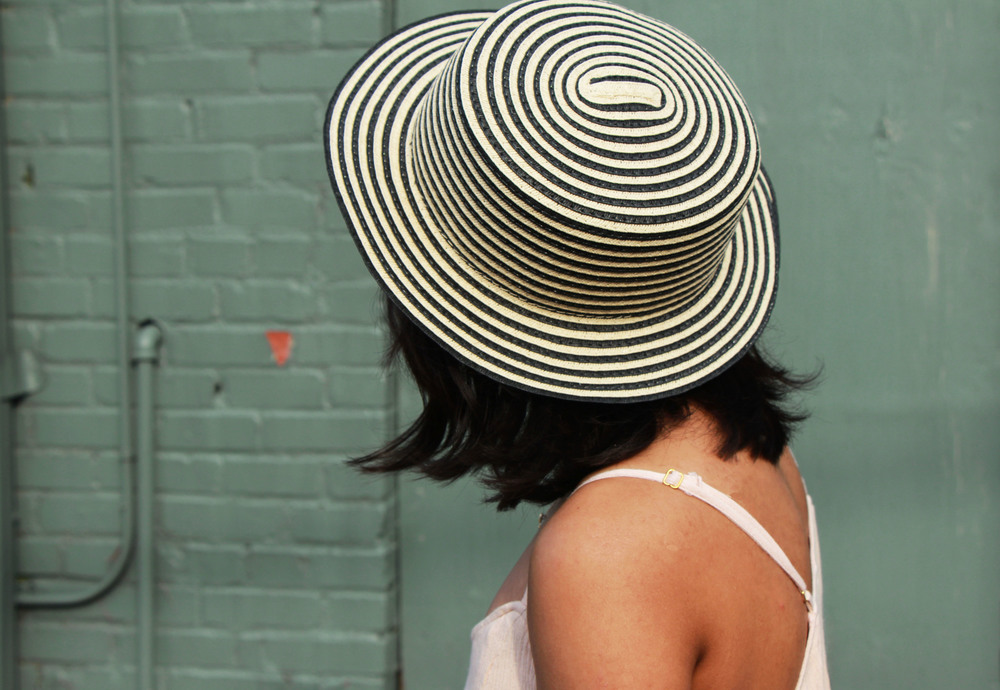 Black and White Striped Straw Hat