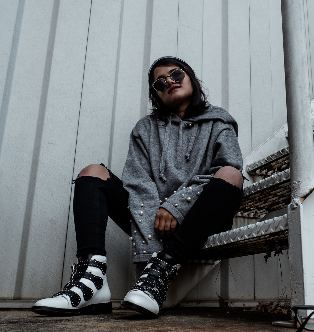 Grey Pearl Hoodie & Givenchy White Biker Boots