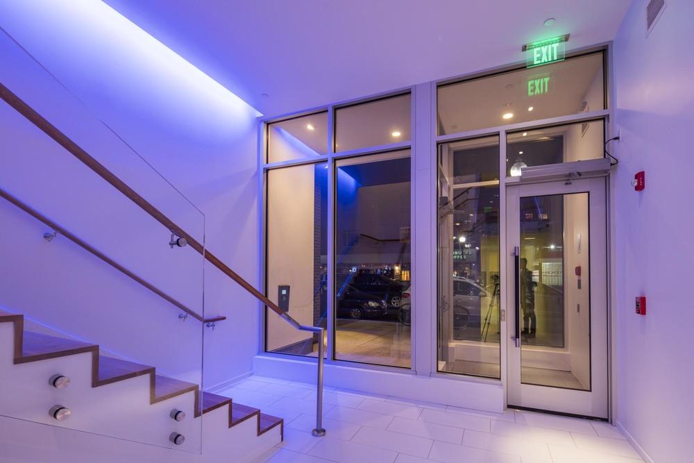 Lobby 13 - Utile FlagshipPhoto.jpg