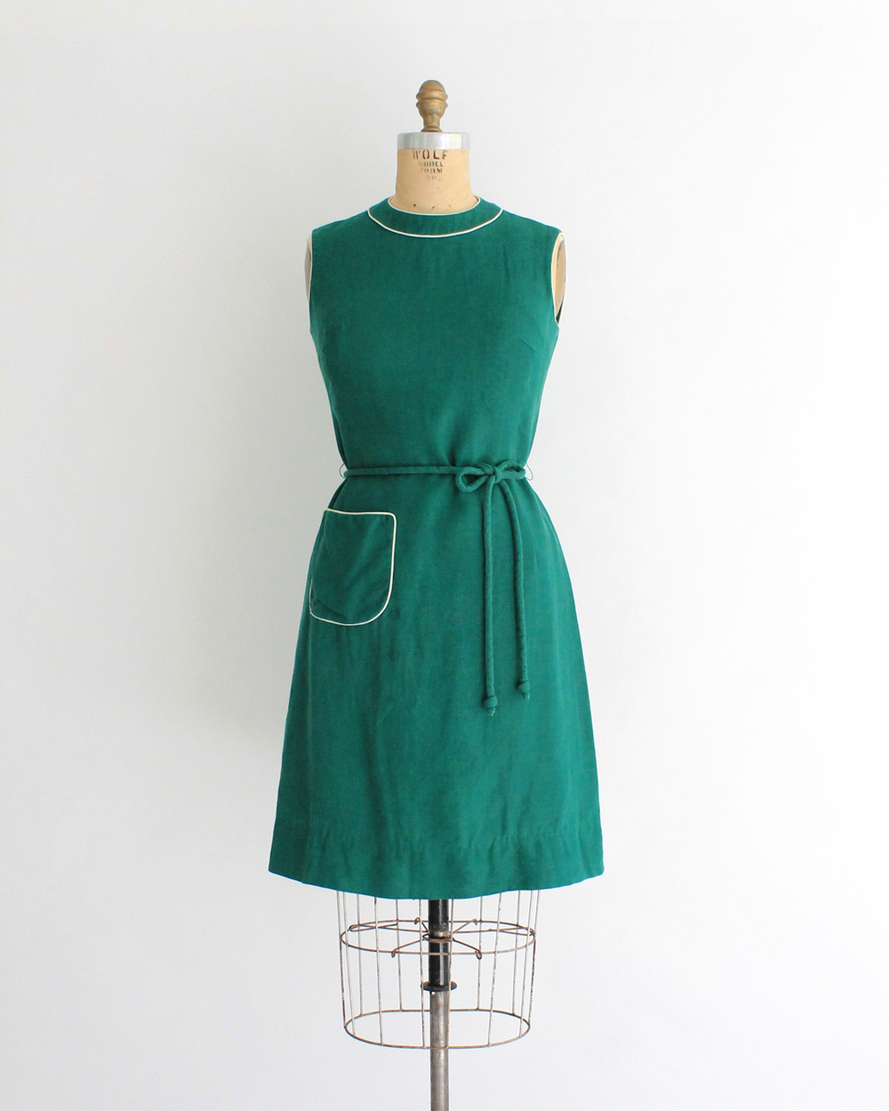 1960s Kelly Green Linen Shift Dress