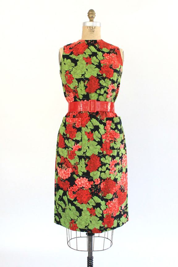 Vintage 1960s floral shift dress