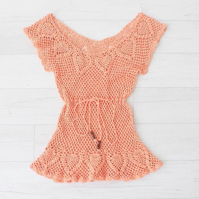 "$20 + s&h vintage peach crochet top, drawstring waist band, scoop neck, adjustable waist, great condition, sz: small bust: 26"" not stretched waist: up to 26"" bottom hem: 40"" total length: 27""  #vintage #vintagestyle #vintagefashion #instashop #crochettop #vintagetop #vintagecrochet #peach #crochet"
