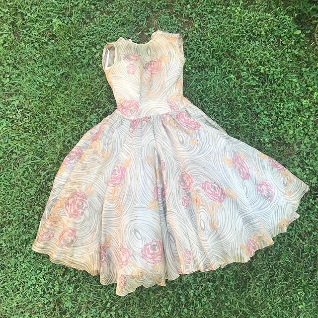 Hoping this little lady makes it though the first soak! Fingers crossed! . #vintage #vintagedress #partydress #floraldress