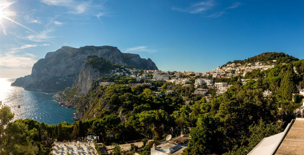 Hotel-Mamela-Capri-Italy-02.jpg