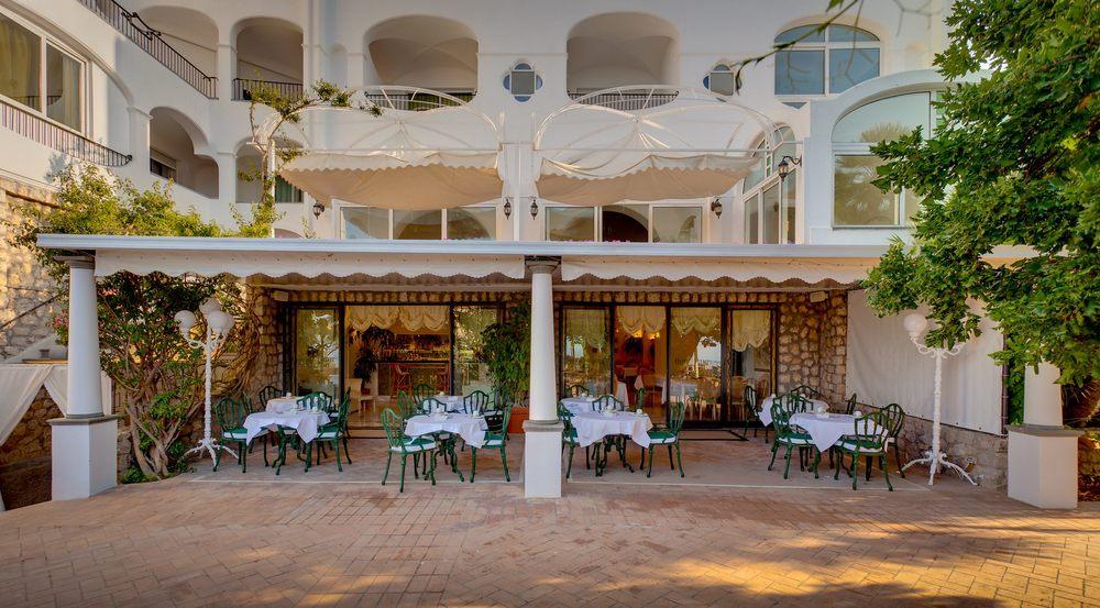 Hotel-Mamela-Capri-Italy-06.jpg