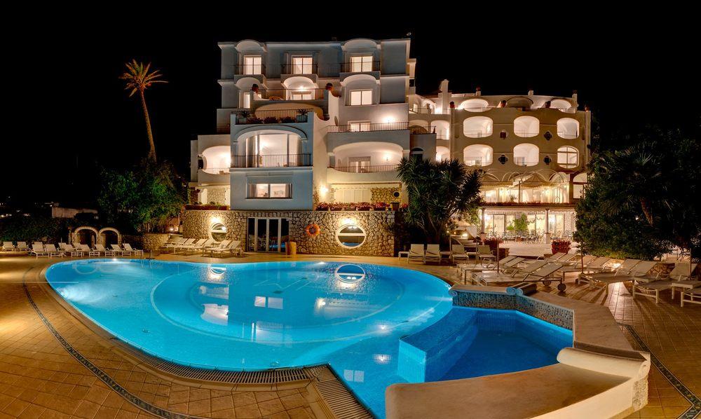 Hotel-Mamela-Capri-Italy-08.jpg