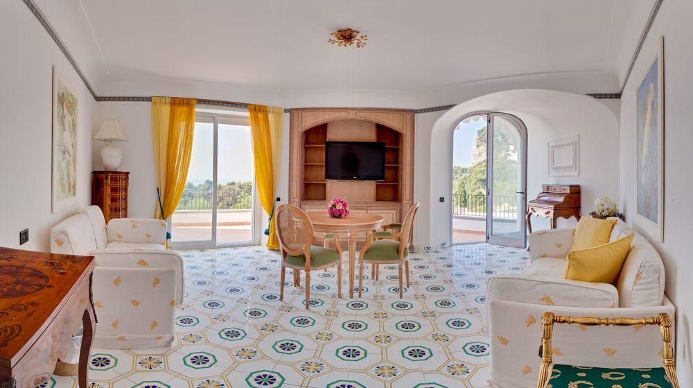 Hotel-Mamela-Capri-Italy-11.jpg