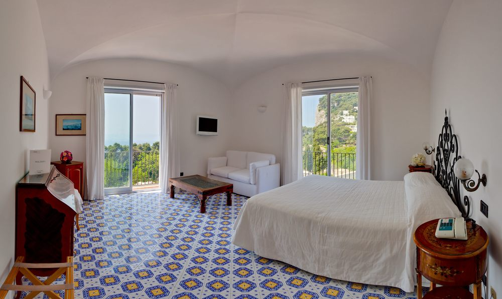 Hotel-Mamela-Capri-Italy-12.jpg