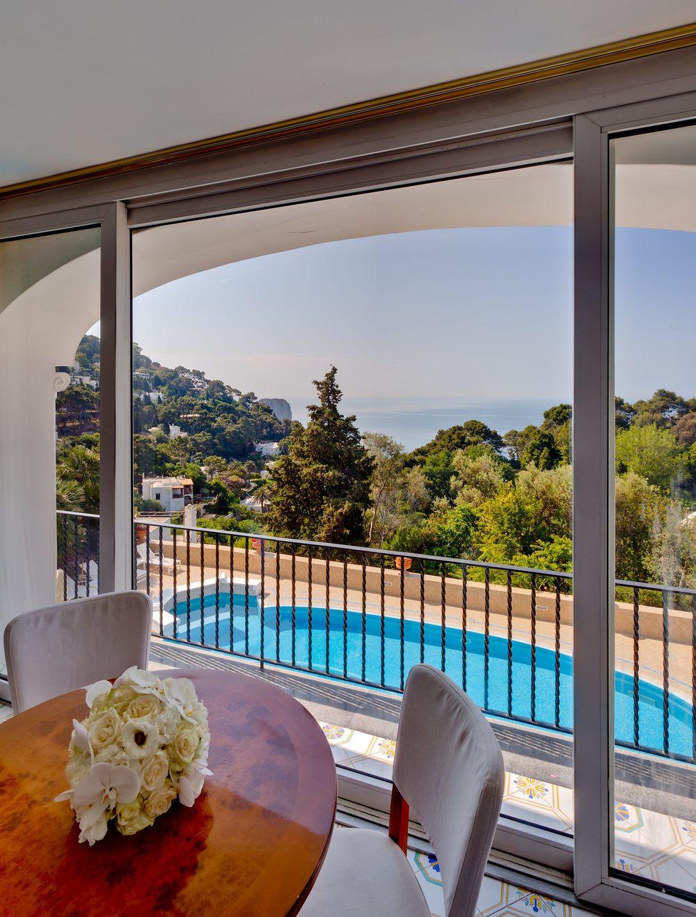 Hotel-Mamela-Capri-Italy-14.jpg