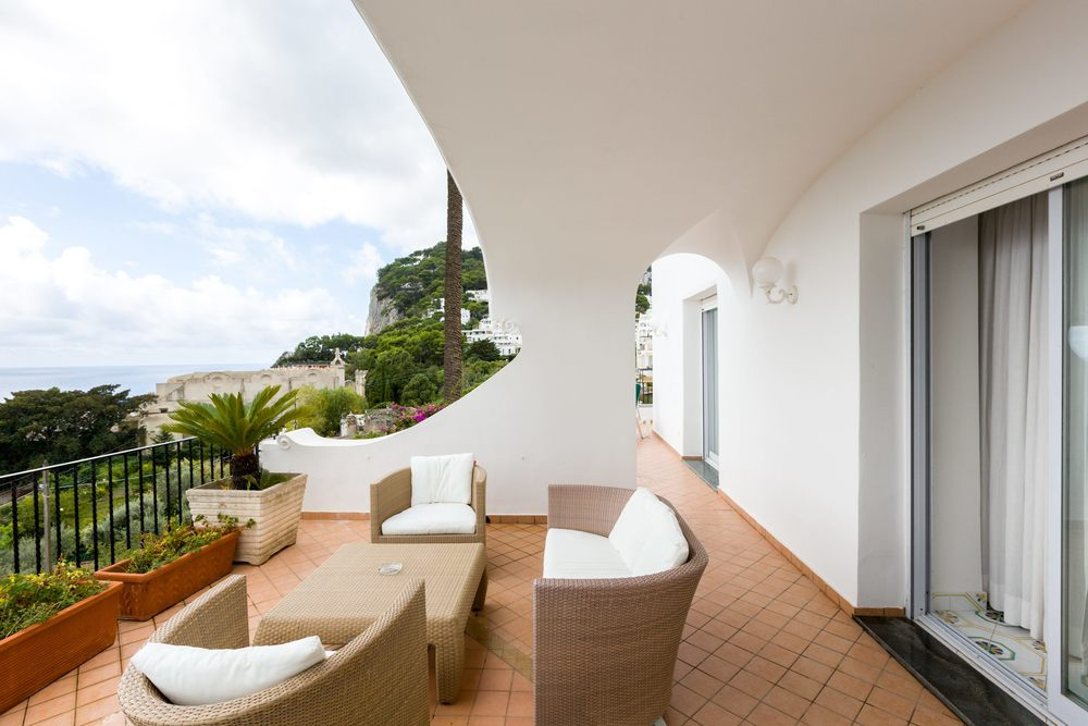 Hotel-Mamela-Capri-Italy-19.jpg
