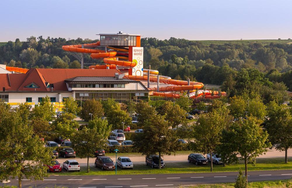 thermen-und-familien-hotel-kurz-therme-lutzmannsburg-04.jpg